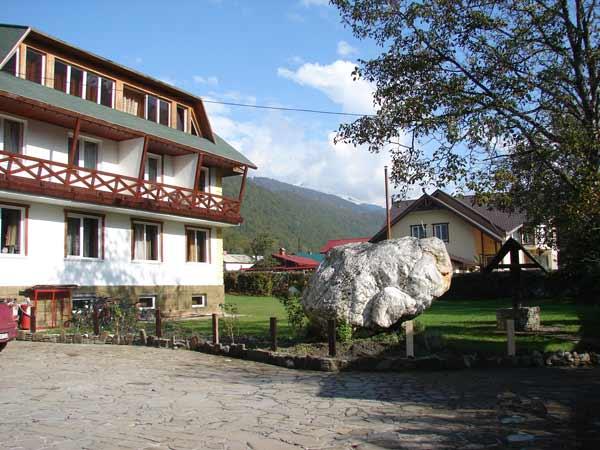 Отель 4 вершины, красная поляна