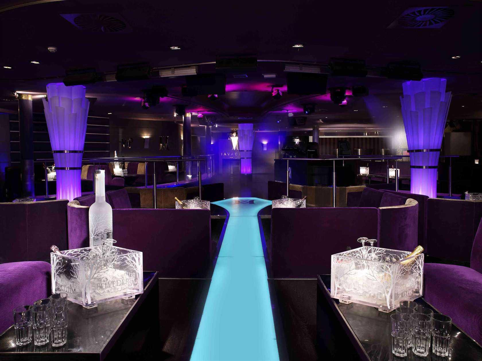 Geneva switzerland strip clubs
