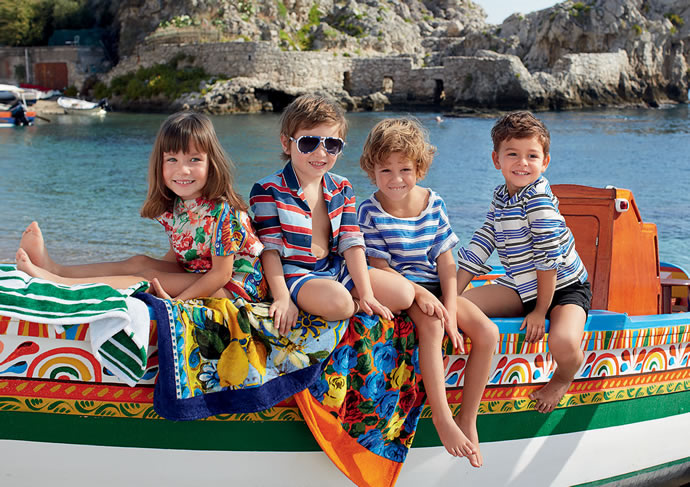1358776303_collection_of_childrens_clothing_dolce_gabbana_bambino_spring_summer_2013_15.jpg